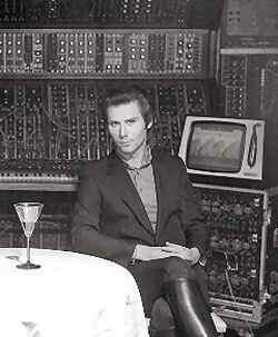 Warren with the Fairlight and massive modular synth